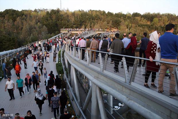 پل طبیعت مقصد اول گردشگری تهران است