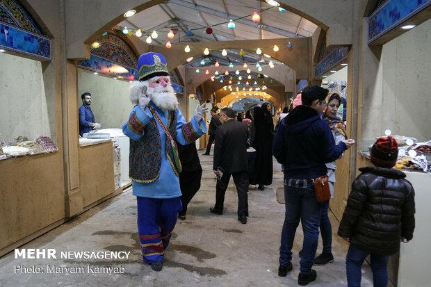 آتش بازی و جشنواره بادبادک در دریاچه شهدای خلیج فارس